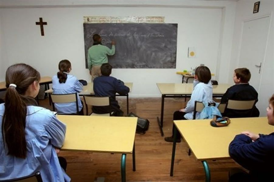 La Ministra Berruezo dijo que los padres tienen derecho a que sus hijos o pupilos reciban en la escuela pública la educación religiosa.