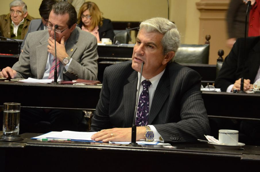 Andrés Zottos destacó los proyectos que se aprobaron en Senado