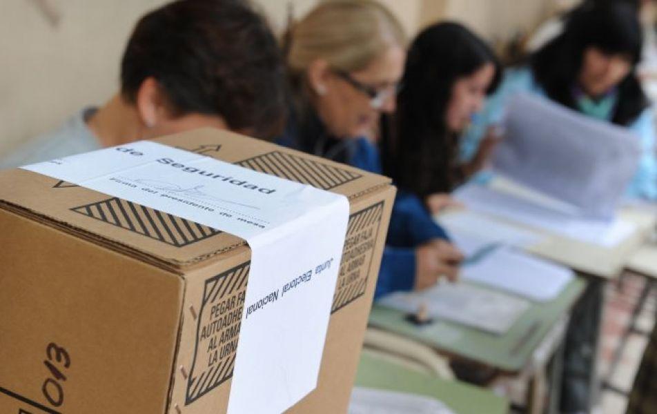 Se recomendó verificar previamente su lugar de votación y practicar debidamente el voto electrónico.