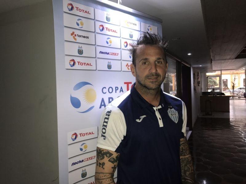 Luciano Palos, el último en sumarse a Gimnasia, con chances de ser titular frente a Boca por la Copa Argentina.