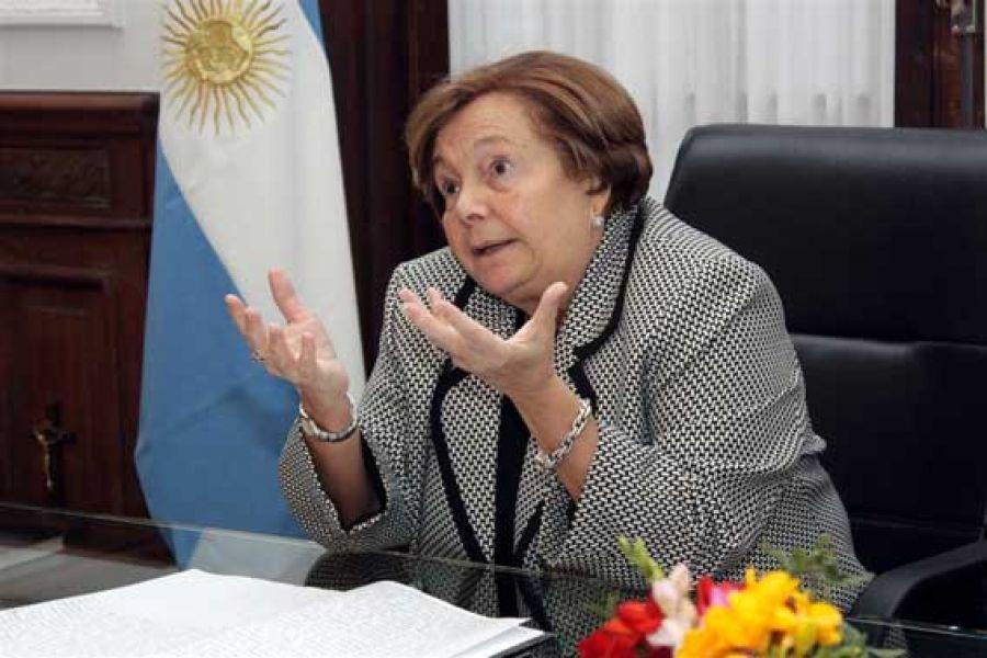 La Defensora General de la Nación, Stella Maris Martínez considera necesaria la protección de los derechos de los pueblos originarios,