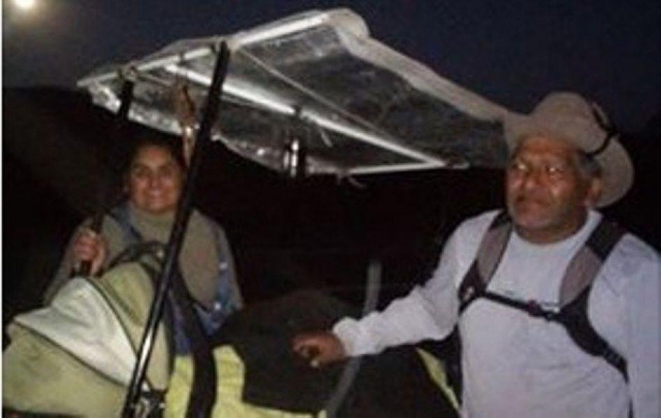 La familia Toledo en plena peregrinación. Foto Metan es Noticias