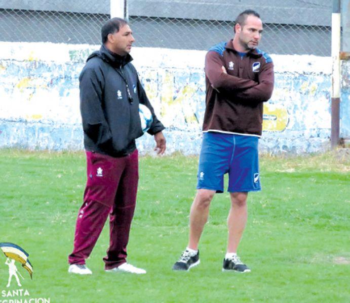 Zárate firmó y  entrenó por primera vez bajo las órdenes de Godoy. Foto: @SiempreConVosCJA