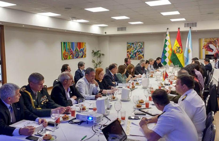 Octava reunión en Santa Cruz de la Sierra, Bolivia del Grupo de Trabajo Binacional para la Construcción del Puente Salvador Mazza-Yacuiba.
