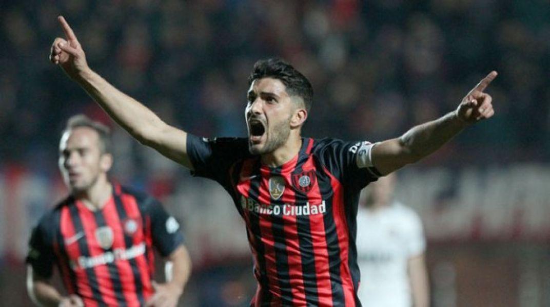 Nico Blandi, el gran protagonista de la noche. Anotó los dos goles del Ciclón, el segundo de penal.