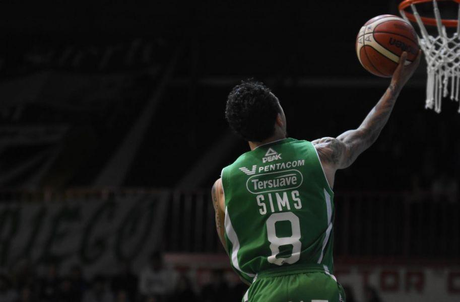 Sims (Atenas), el jugador del encuentro. Anotó 39 puntos