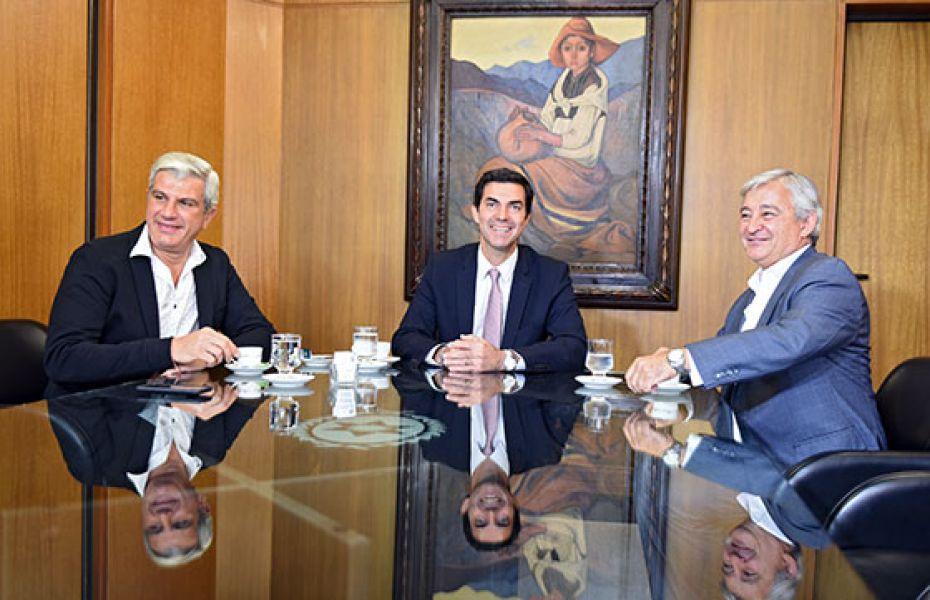 Urtubey junto a Zottos y Grande en la reunión de ayer.