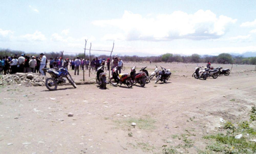 Conflicto en El Bordo, unas 120 familias que tenían carpetas en Tierra y Hábitat y otras 60 adjudicadas directamente sin sorteo.
