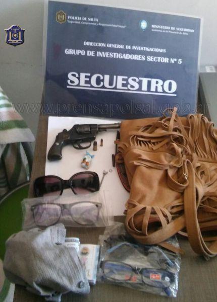 Elementos secuestrados en el domicilio de barrio 20 de Junio de una pareja acusada del robo.