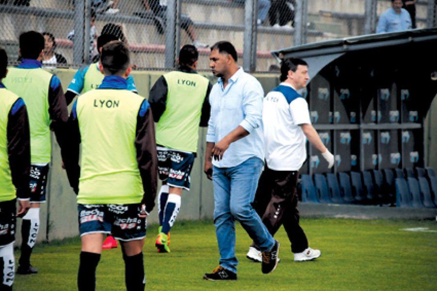 Nazareno Godoy, entrenador de Juventud Antoniana.