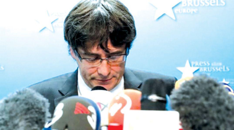 """Carles Puigdemont dijo en Bélgica que """"no ha huido"""" de la Justicia española y que quiere ser candidato."""