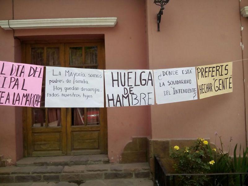 Cuatro mujeres iniciaron huelga de hambre a la espera de que las reincorporen