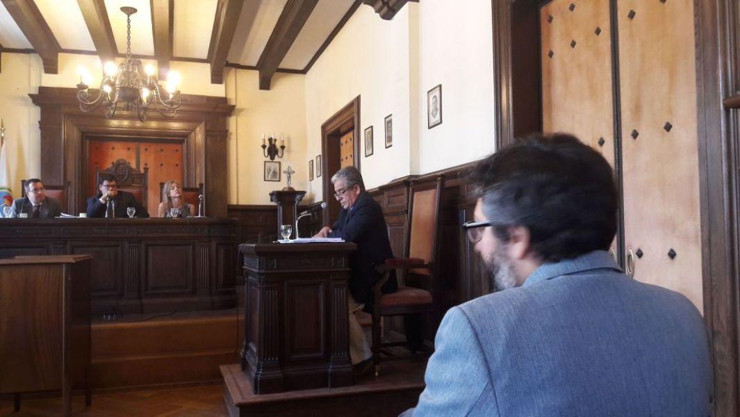 Confirmaron el procesamiento de el ex defensor del Pueblo de Cerrillos, Carlos Paz por el delito de incitación a la discriminación.