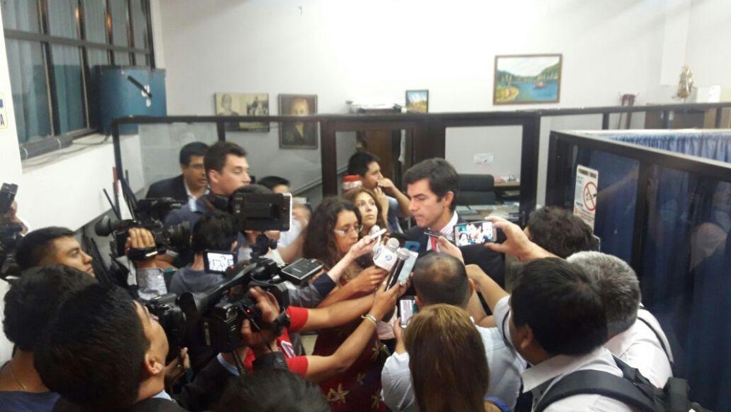 """""""El proyecto tiene 145 artículos y hay que ver una alternativa superadora"""", indicó ayer el gobernador a los periodistas."""