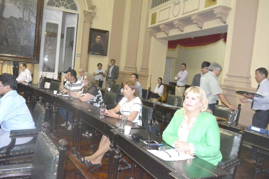 La sesión de Diputados de anoche donde se prorrogó la Ley 7658. Hoy hay cincuenta procesos judicializados y pendientes de resolución.