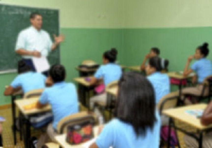 Un profesor fue acusado de abuso sexual en Salvador Mazza.