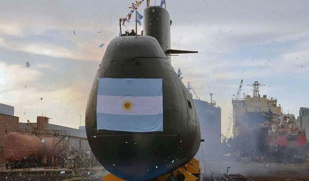 """No se tiene noticias de este submarino argentino y las condiciones climáticas son """"pésimas"""", para las tareas de búsqueda y rescate."""