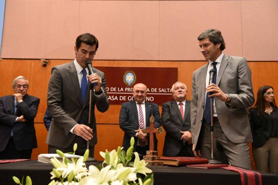 El gobernador Juan Manuel Urtubey tomó juramento a los nuevo funcionarios del gabinete