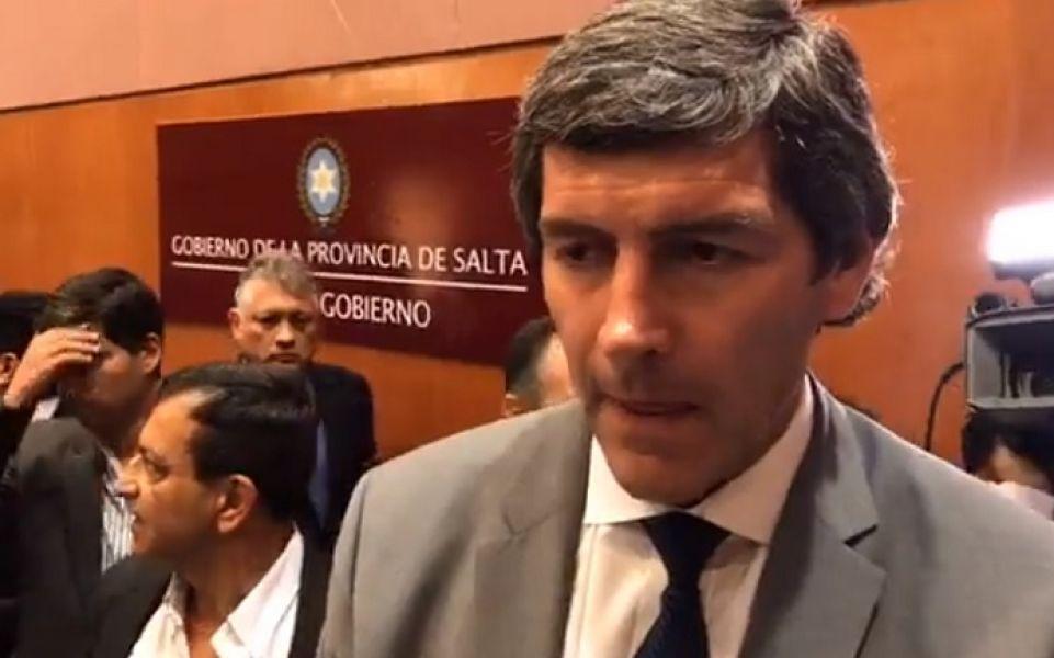 El Jebe de Gabinete Fernando Yarade adelantó una batería de medidas con relación al Pacto Fiscal firmado por las provincias con la Nación.