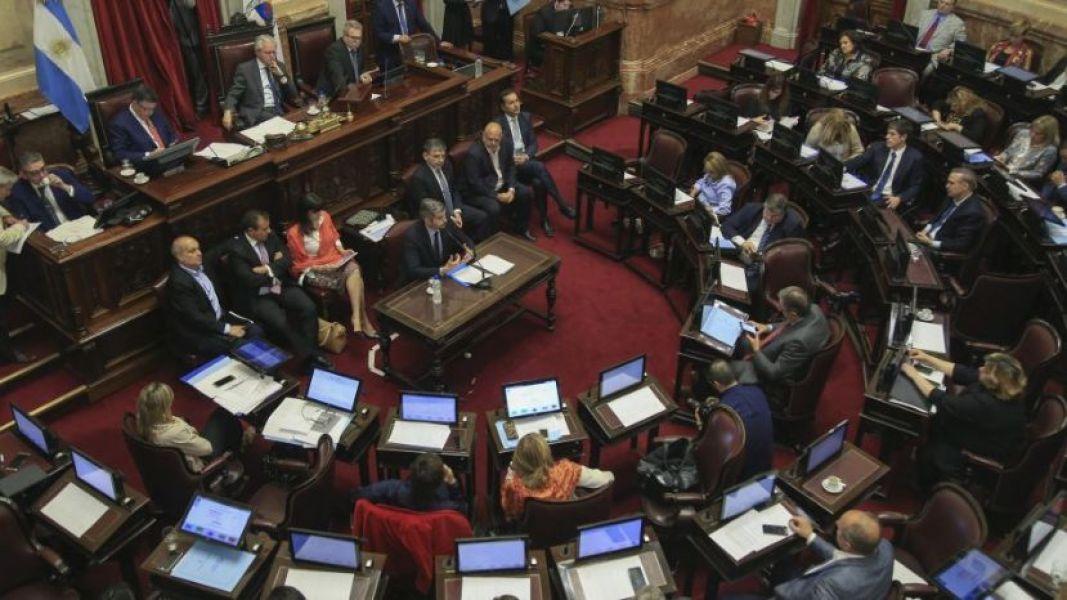 """Postergamos este tema hasta que la CGT unifique su postura"", dijo Pichetto sobre la reforma laboral."