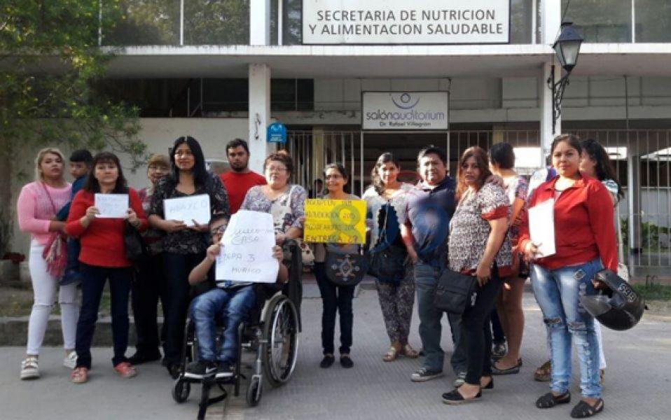Protesta de los adjudicatarios la semana pasada.