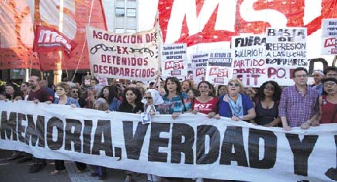Los manifestantes apuntaron contra el presidente y el Ministe-rio de Seguri-dad.
