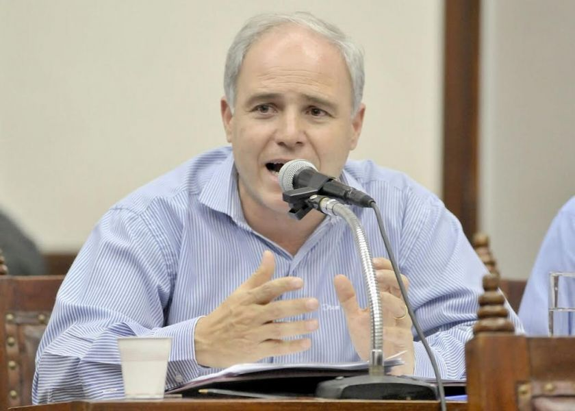 Matías Cánepa cuenta con el respaldo del intendente Saénz para presidir el Concejo Deliberante.