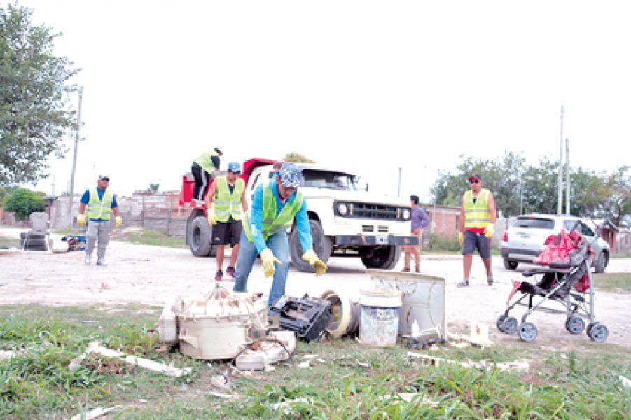 Hasta el 7 de diciembre se cumplirá el operativo descacharrado en barrio Solidaridad.