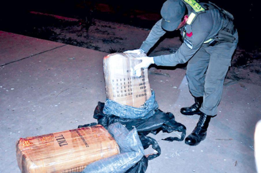 El procedimiento que realizó Gendarmería Nacional en Orán donde se secuestró 75 kilos de cocaína.
