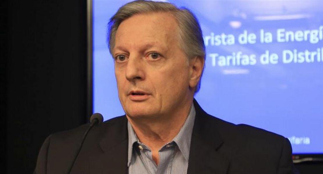 """El ministro Aranguren: """"todavía se sigue subsidiando el 38% del gas natural que se consume""""."""