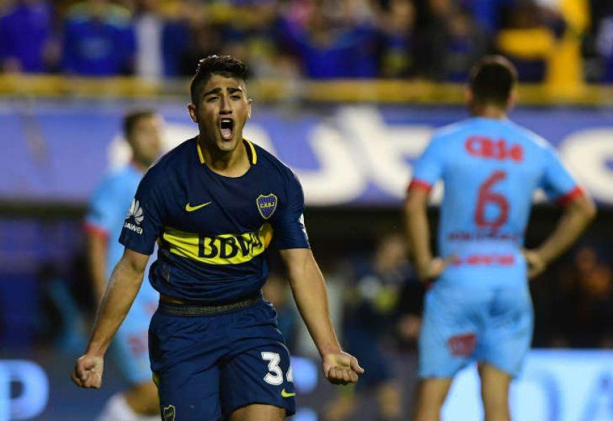 Camino a la victoria. Vadalá se va gritando el primero de Boca. Después, aumentó el colombiano Cardona.