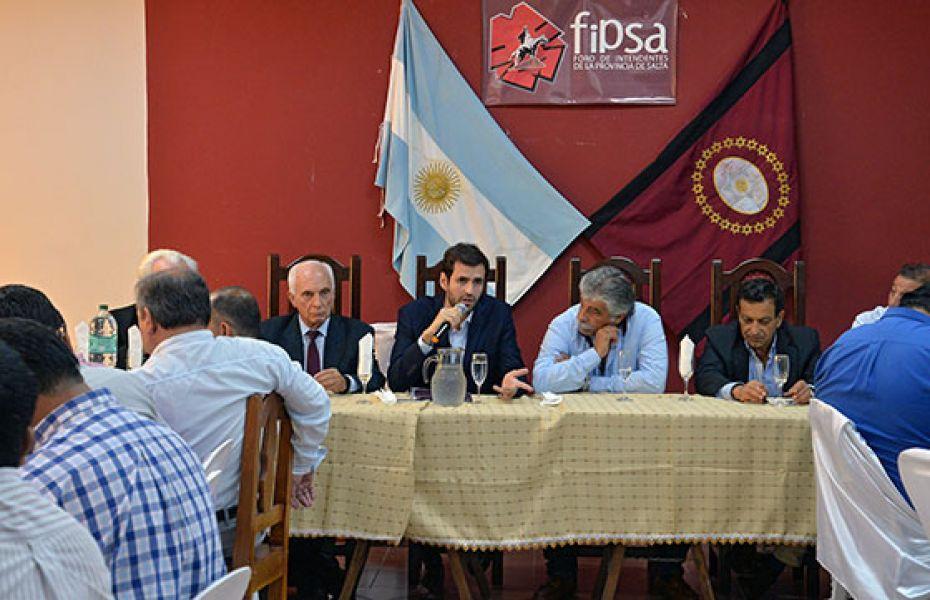 En la reunión del Foro de Intendentes se enumeró las acciones para que los municipios puedan cumplir con el pago de sueldos y aguinaldo.