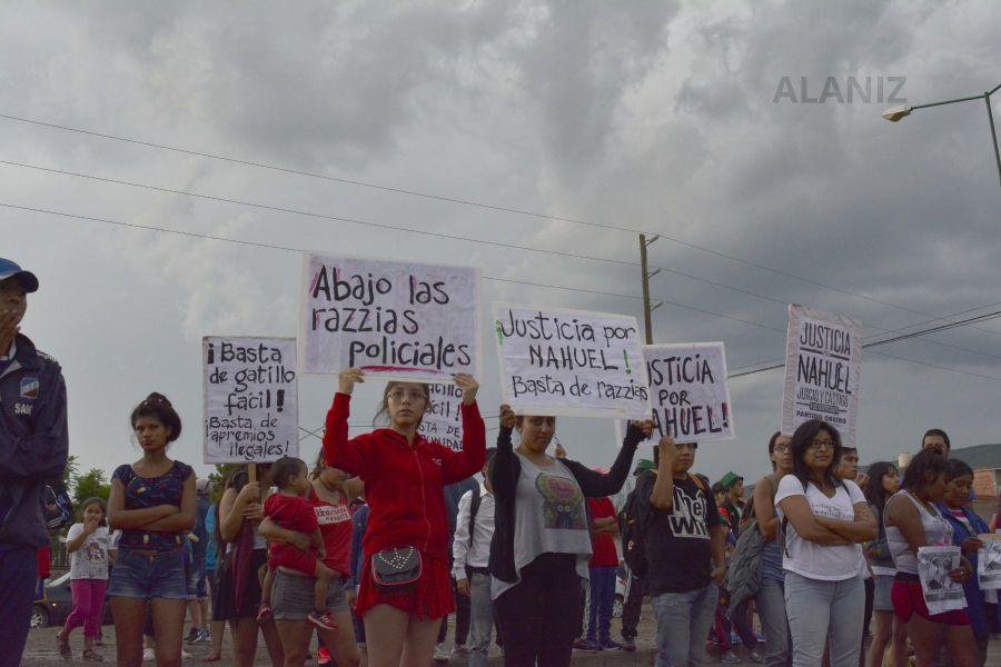 Los incidentes ocurrieron durante la marcha por Nahuel Salvatierra (Foto Ancla )