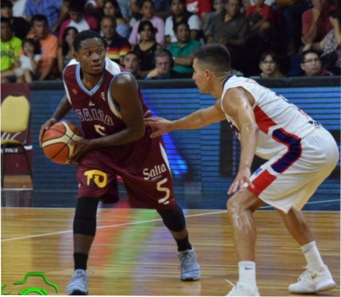 Ricky Harris volvió a convertirse en el goleador de Salta Basket con 17 puntos. (Foto gentileza Realidad Deportiva)