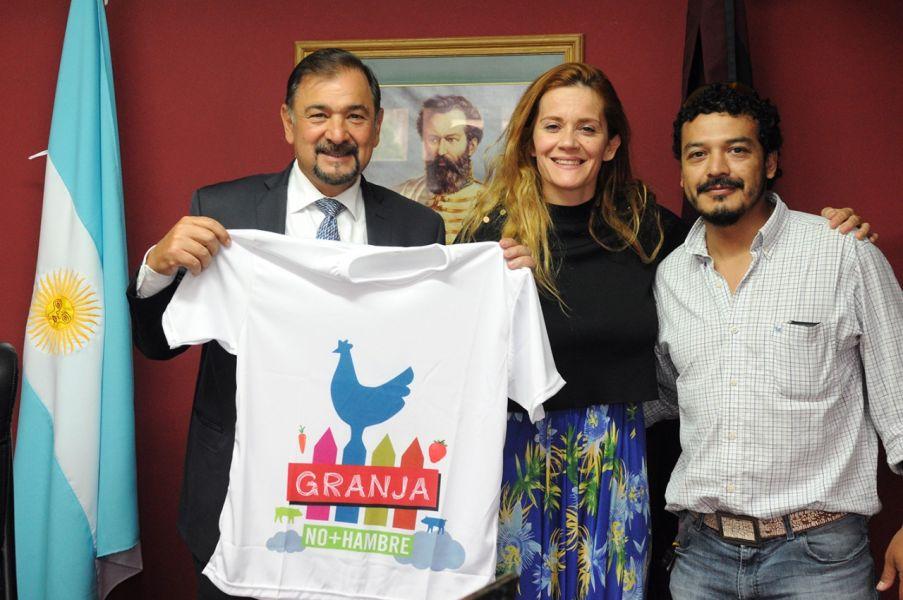 El vice gobernador con miembros de No + Hambre Argentina