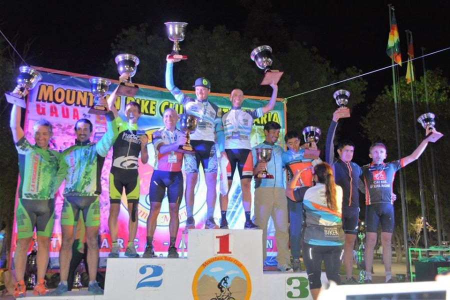 Varios salteños coparon el podio nocturno en Catamarca.