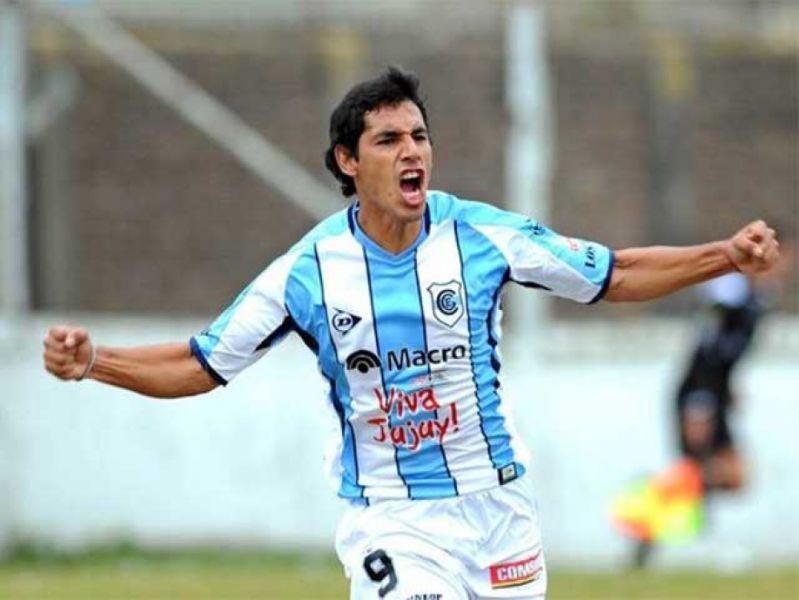 Juan José Arraya se suma para reforzar el ataque Albo.