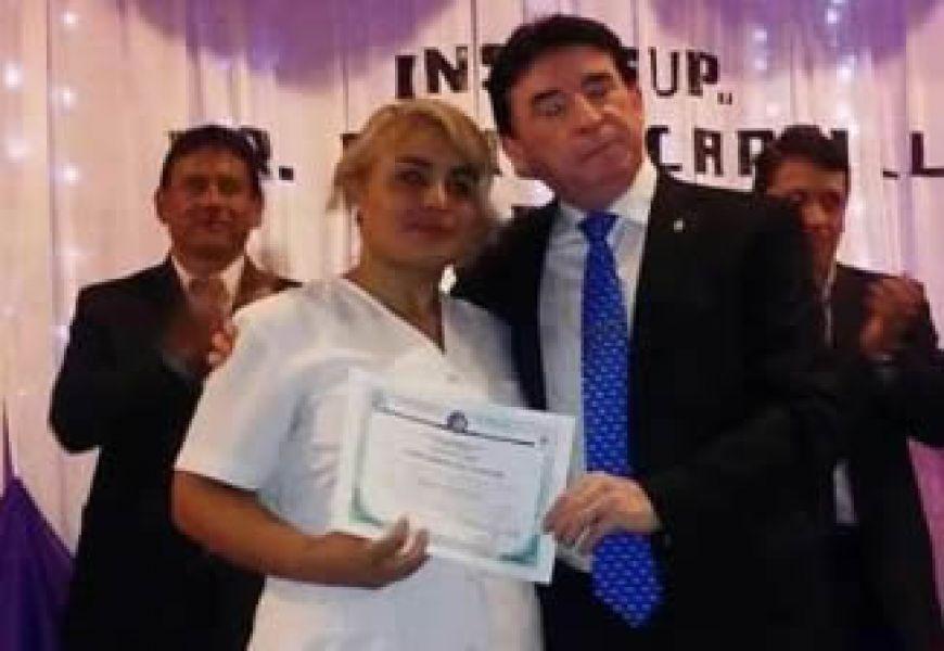 La enfermera Adriana Adanto tiene un expediente de trabajao en el ministerio de Salud desde 2016.