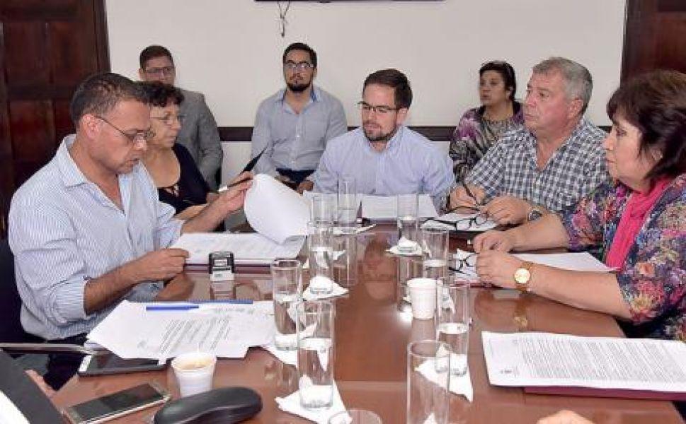 Reunión de la comisión de Labor Parlamentaria que elaboró el temario del CD.