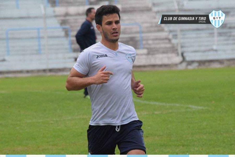 Nicolás Issa será titular este domingo.
