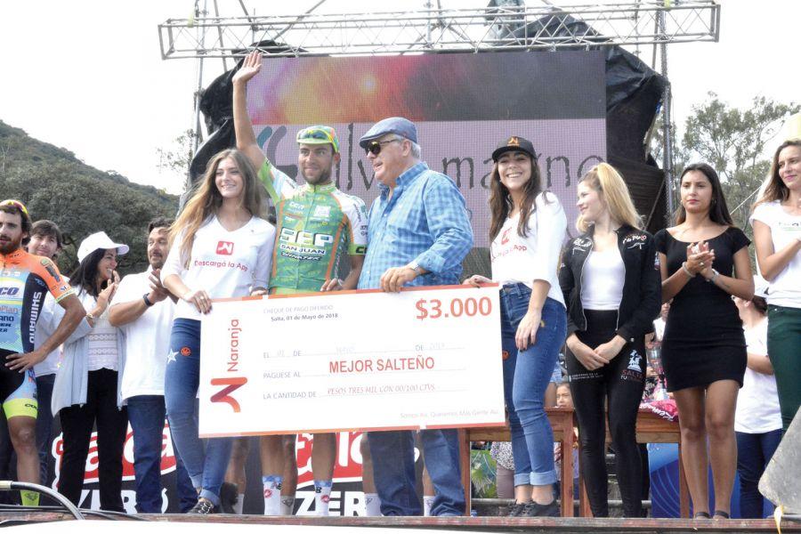 """Javier fue reconocido por el 5ª puesto en la """"1ro. de Mayo""""."""