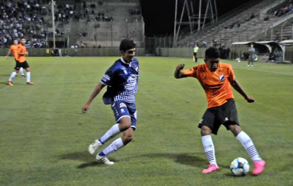 Tras la derrota frente a Juventud, Central visita al Tripero.
