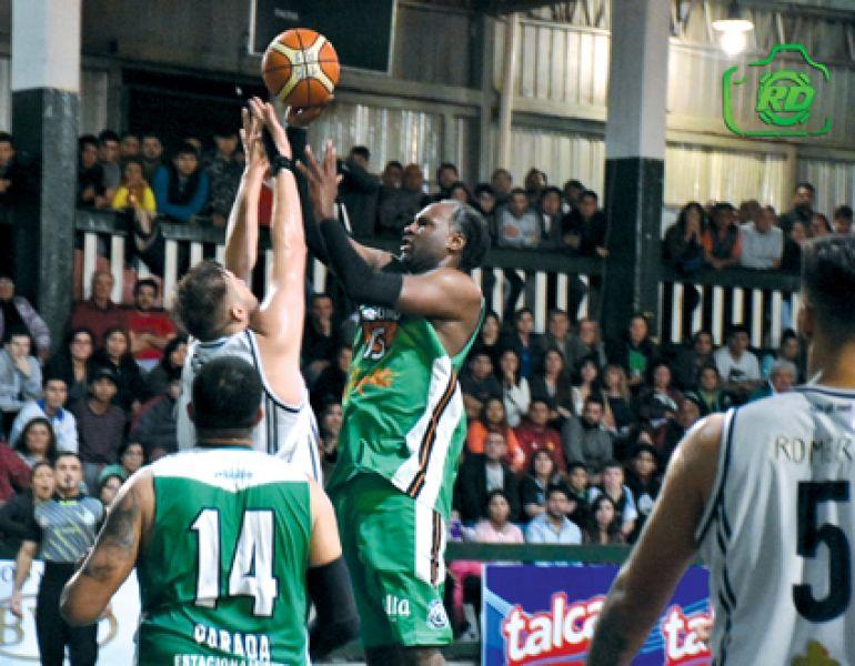 El TBB logró el tercer punto de local y clasificó.  Foto: Realidad Deportiva.
