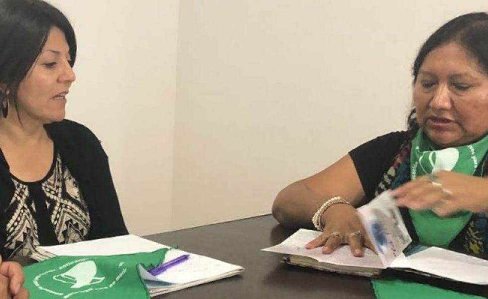 La directora El Observatorio de Violencia contra las Mujeres, Tania Kiriaco se reunió ayer con Irene Cari.