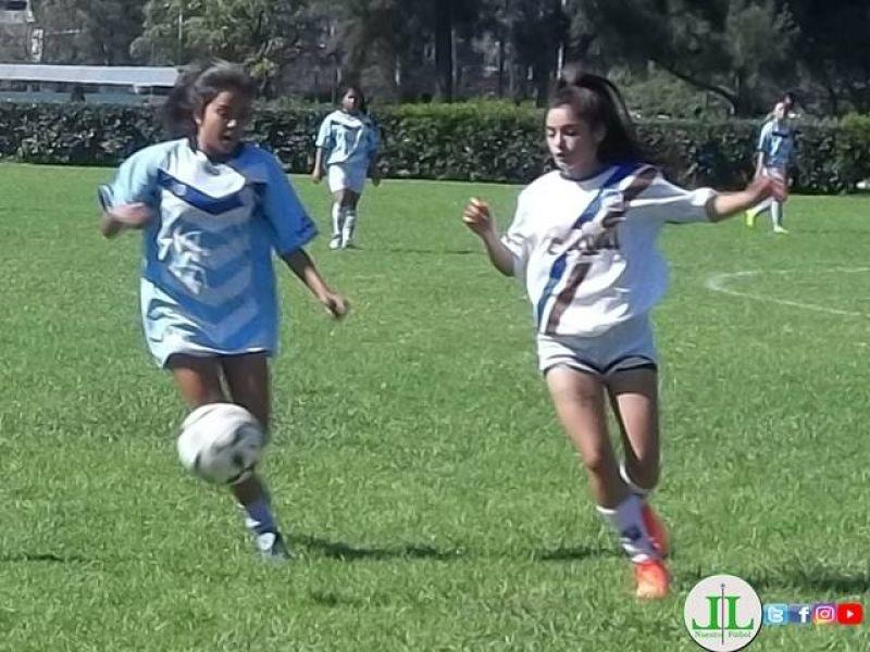 Torneo de fútbol femenino. Gentileza de La Local