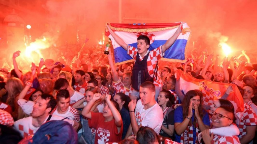 Los croatas extendieron la celebración por la clasificación de su selección.