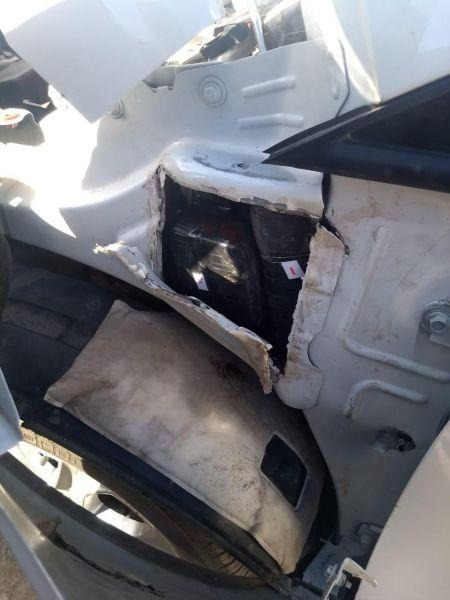 La droga estaba oculta en los paneles del vehículo.