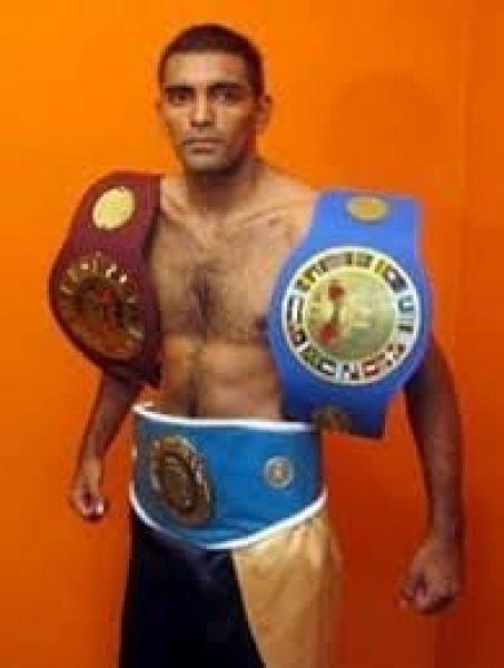 """Javier """"La Cobra"""" Mamani, reaparecerá el próximo viernes enfrentando al chaqueño Enzo Orellana."""