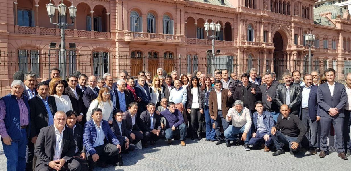 Los intendentes de varios puntos del país fueron a la Casa Rosada en defensa del Fondo sojero.