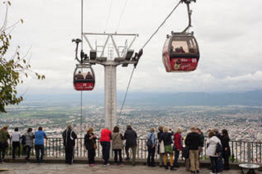 Se destinarán partidas concretas para desarrollar la cultura y el turismo de Salta.